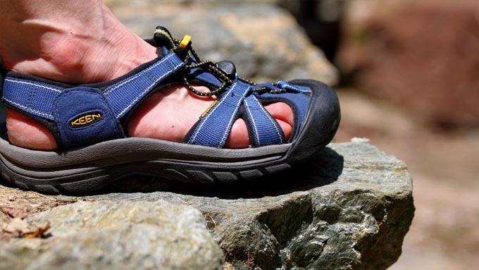 蒸れない靴『GORE-TEX SURROUND(ゴアテックスサラウンド)』イメージ02
